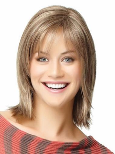 Elegant Blonde Straight Shoulder Length Wigs
