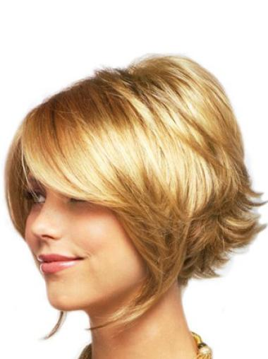 Comfortable Blonde Wavy Chin Length Lace Front Wigs