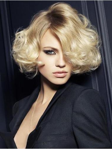 Convenient Blonde Synthetic Wavy Short Wigs