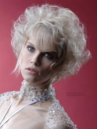 Young Fashion Platinum Blonde Curly Celebrity Short Wigs